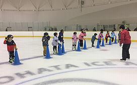 小学生スケートスクール ダイナックス沼ノ端アイスアリーナ
